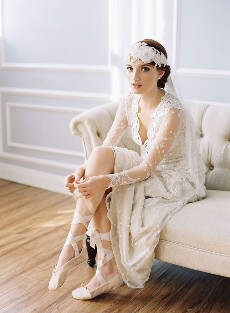 bridal veil and floral headpiece by erica elizabeth.  vintage lace wedding dress by claire pettibone (lily).  photography by caroline tran.
