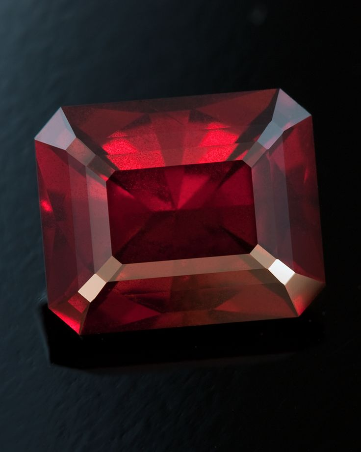 Nemo • Madagascar Garnet • 3.55 carat • Fine Art Gemstones by Jeffrey Hunt • http://jeffreyhunt.com/
