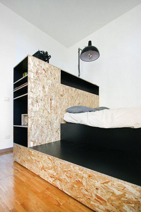 un unico spazio da reinterpretare in un edificio di pregio espressione degli anni 70 commerciali. Black Bedroom Furniture Sets. Home Design Ideas