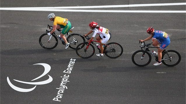 Susan Powell (L) of Australia, Annina Schillig (C) of Switzerland and Greta Neimanas (R) of USA in the women's Individual C4-5 Road Race during the road cycling on Day 8 of the London 2012 Paralympic Games at Brands Hatch.  /Photo/sport/General/01/42/75/001susan-powell-australia-annina-schillig-switzerland-and-greta-neimanas-usa-compete-the-women-individual-road-race1427500  Related tags