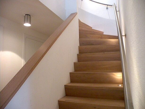 14 best images about trappen on pinterest hallways belle and stairs - Deco houten trap ...