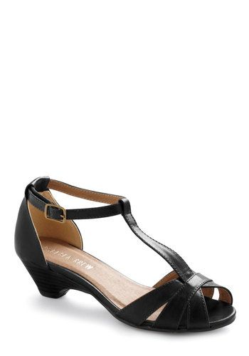 Go About Your Afternoon Heel in Black