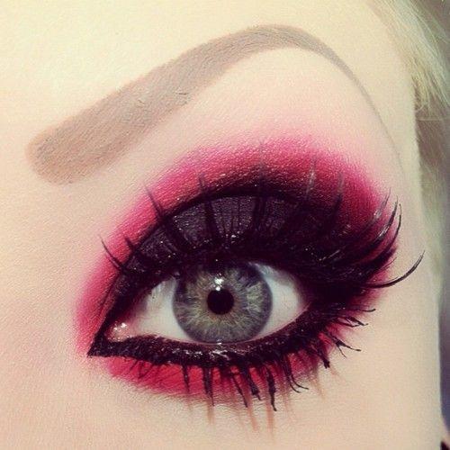 so bright! <3Dramatic Makeup, Eye Makeup, Pink Eyeshadows Looks, Demons Eye, Makeup Eye, Eyemakeup, Smokey Eye, Eyeshadows Makeup, Red Black