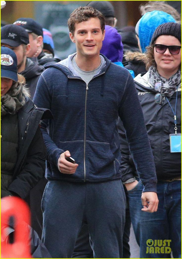 Jamie Dornan Runs in the Rain for 'Fifty Shades of Grey'! | Dakota Johnson, Fifty Shades of Grey, Jamie Dornan Photos | Just Jared