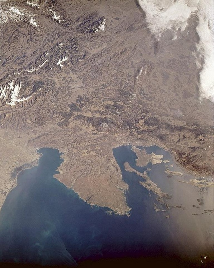 left side: the Gulf of Trieste as seen from sat.