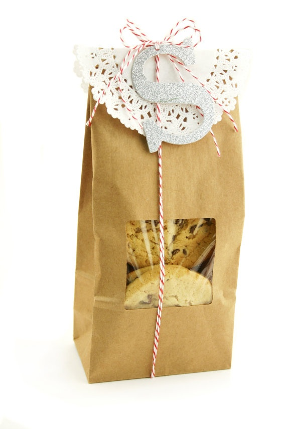 Monogrammed treat bag, what a great way to use up paper doilies.