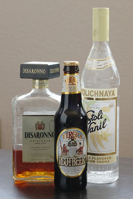 alcoholic root beer float ingredients