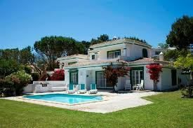 Wonderful Villa accommodation on the Algarve at the Four Seasons Fairways. timeshareresale.me offers advice on how to buy a timeshare from an online marketplace.
