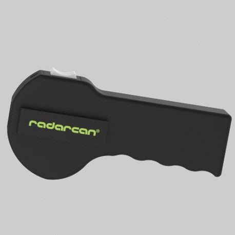 Puedes usar el Adiestrador | Ahuyentador Perros Portátil Radarcan® para educar a tu mascota sin daños ni electroshocks o como escudo personal para ir a pasear.