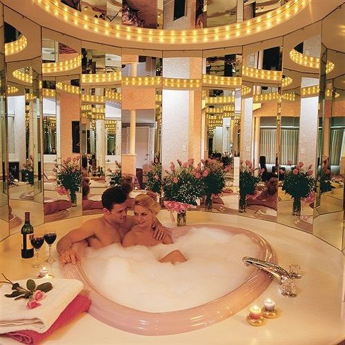 Les 8 meilleures images du tableau in room jacuzzi in the for Recherche hotel avec jacuzzi dans la chambre
