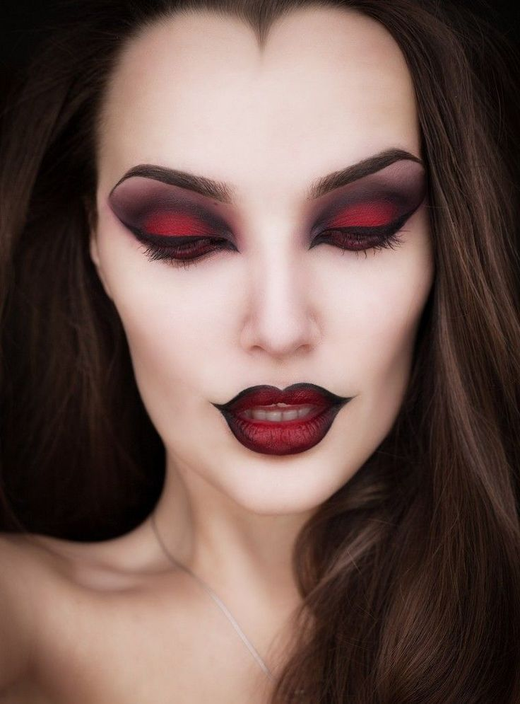 maquillage pour halloween femme facile | Vampire makeup halloween, Halloween makeup witch ...