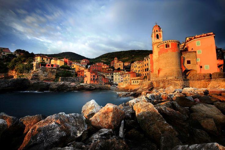 Puerto pesquero de Tellaro en la Spezia...Italia♥TS