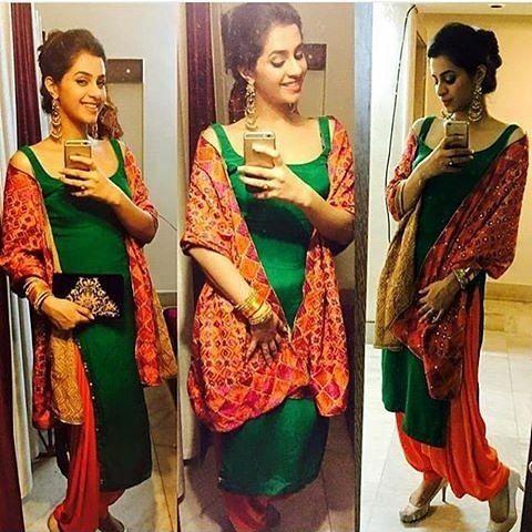 In pic @iam_dakshitakumaria @shoutout__punjabanz @shoutout__punjabanz  another page @Punjabii__quotes  Girls if you wnt shout out  Dm ur HD Pics   #punjabi #fashion #kaint #jattiya #nakhro #swag #shoutout #longhair #patialashahi #kudiya #kaur #mutiaran #chakkweinsuit #style #suit #jutti #nakhro #smiple #punjaban #life  #sardaari #punjabi #Dm