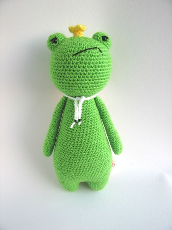 King Frog amigurumi pattern - Amigurumipatterns.net