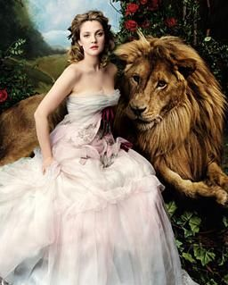 Annie Lebowitz~ Drew Barrymore, showing the trickster-like strength of the woman-lion relationship