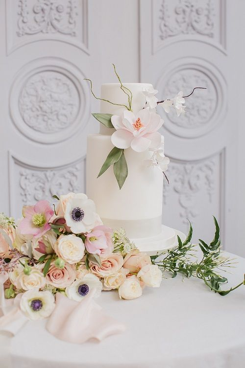 Utterly stunning cake created by Victoria Made