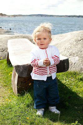 Svarta Fåret                        : Sticka somriga tröjor till barnen i Tilda eller Ti...