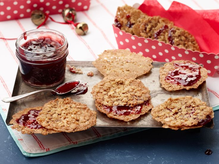 Sunny's Raspberry and Oatmeal Lattice Cookie Sandwiches recipe from Sunny Anderson via Food Network
