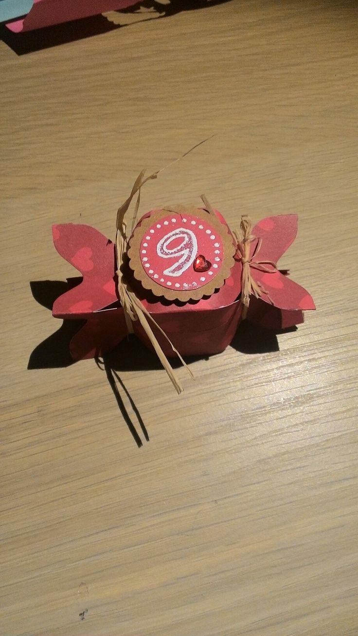 Scatolina fatta con envelope punch board x un piccolo regalino