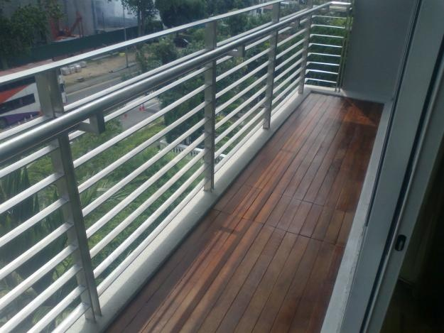 1321162407_269515463_1-Pictures-of--TIMBER-FLOOR-DECKINGS-for-balcony-planter-condos.jpg (625×469)