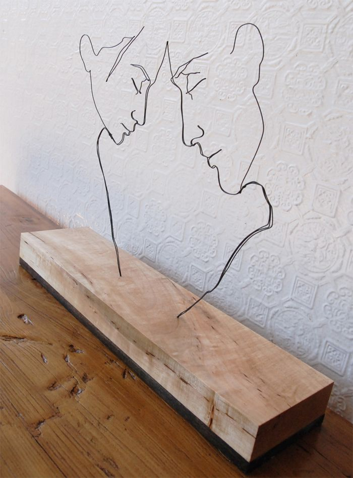 Self-taught artist Gavin Worth creates sculptures that look like line drawings but are crafted from metal wire.