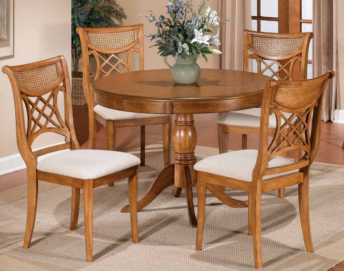The Beauty of Oak Dining Room Sets - http://mabrookrealty.com/the-beauty-of-oak-dining-room-sets/