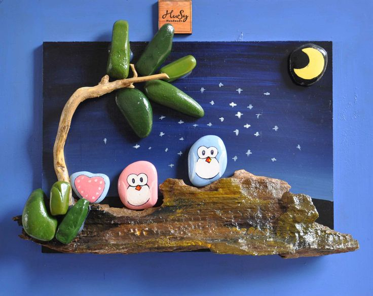 Hi everyone, we are now creating the pebble art painting, hoping people will support. contact: tranhgaotriviet@gmail.com