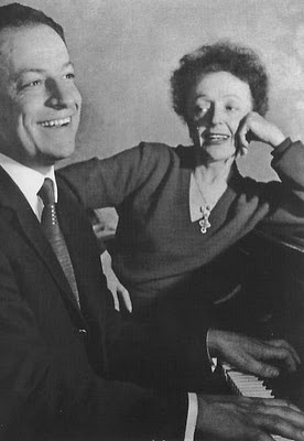 Edith Piaf with pianist Charles Dumont who co-wrote 1961's Non, je ne regrette rieu.