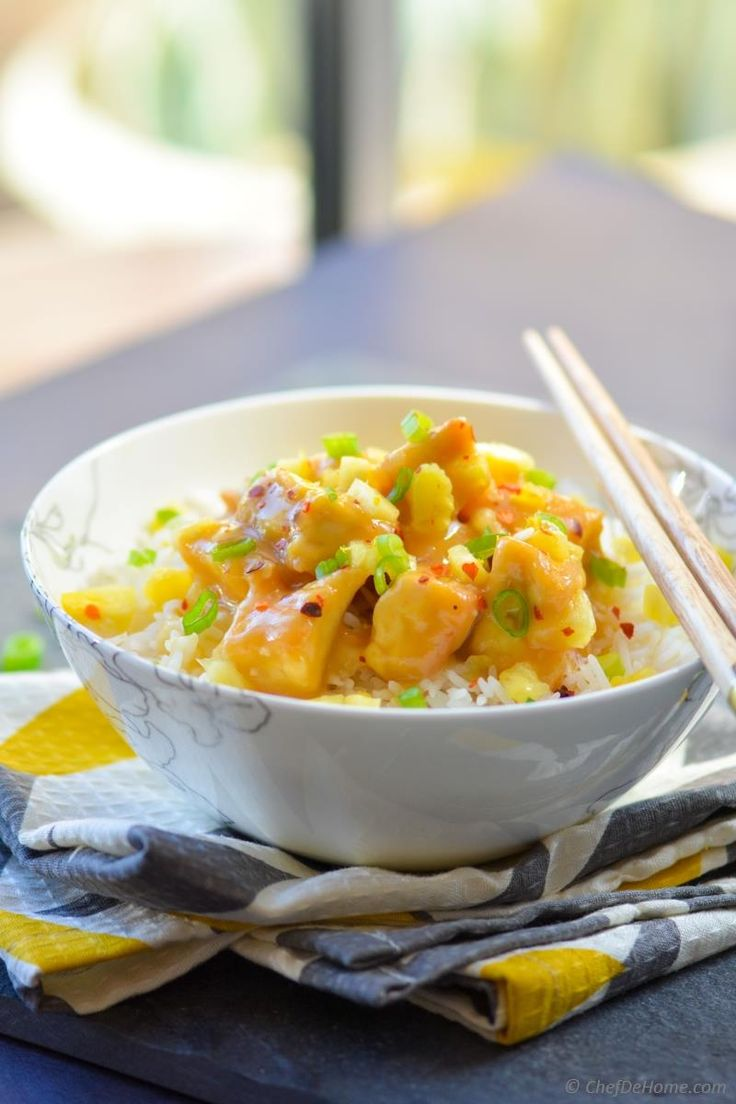 Vegan Chinese Pineapple Tofu Bowl Recipe | ChefDeHome.com Healthier than the one you found at the Chinese restaurant!!