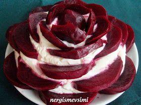 Pancar salatası tarifi Pancar gülü salatası nasıl yapılır Yoğurtlu pancar gülü salatası tarifi Lezzeti ve renginin güzelliği ile ...