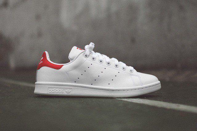 adidas-originals-stan-smith-og-white-red-7-640x426.jpg (640×426)