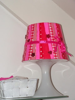Making your own bedside lamp! Buy a plastic IKEA lamp and decorate it with little pieces To Do Paper or To Do Rice Paper (with decoupage glue)