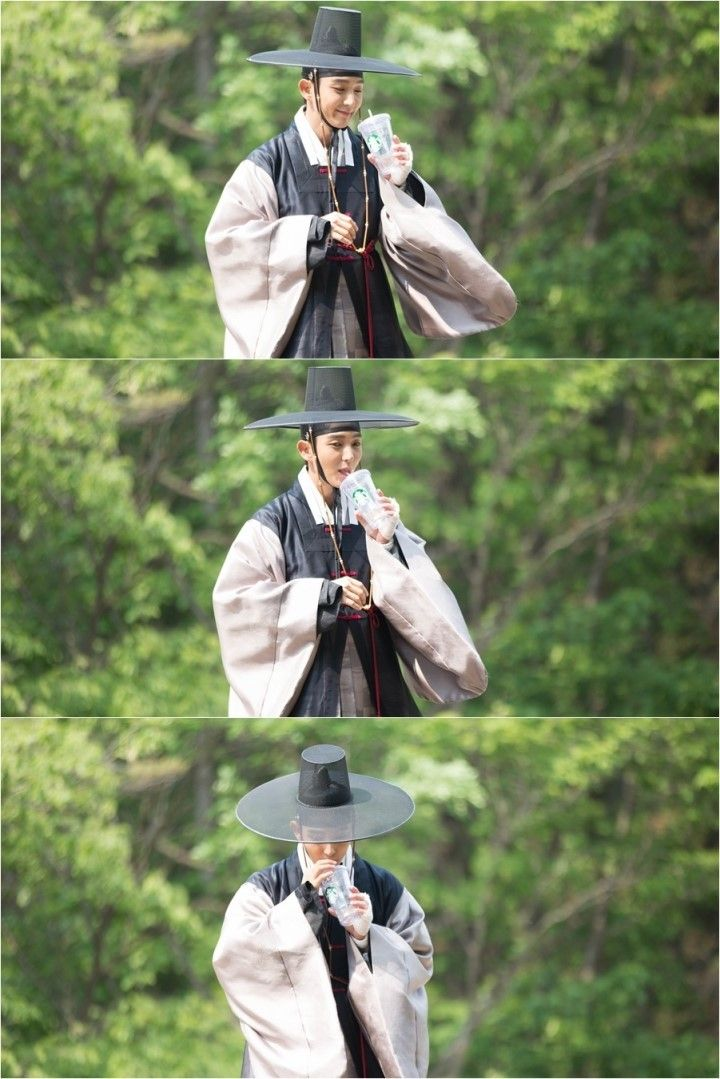 Scholar who walks the night - Lee joon go - what Joseon era vampires really crave is Starbucks!