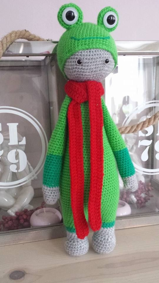 frog mod made by Martine P. / based on a crochet pattern by lalylala