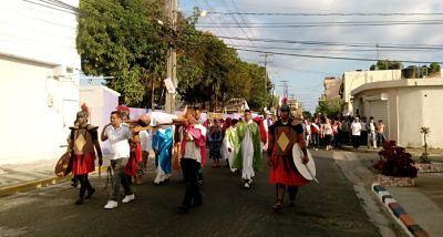 Parroquias realizan viacrucis este Viernes Santo