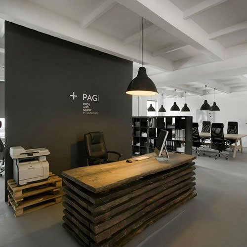 Polish designers Morpho Studio have designed a new office interior for advertising agency Pride&Glory Interactive in Kraków, Poland.