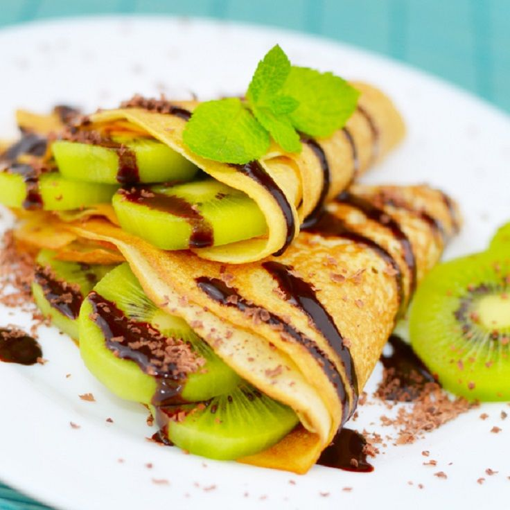 Kiwi #Crepes with Rich #Chocolate #Drizzle 15 Green Kiwi Desserts | All Yummy #Recipes