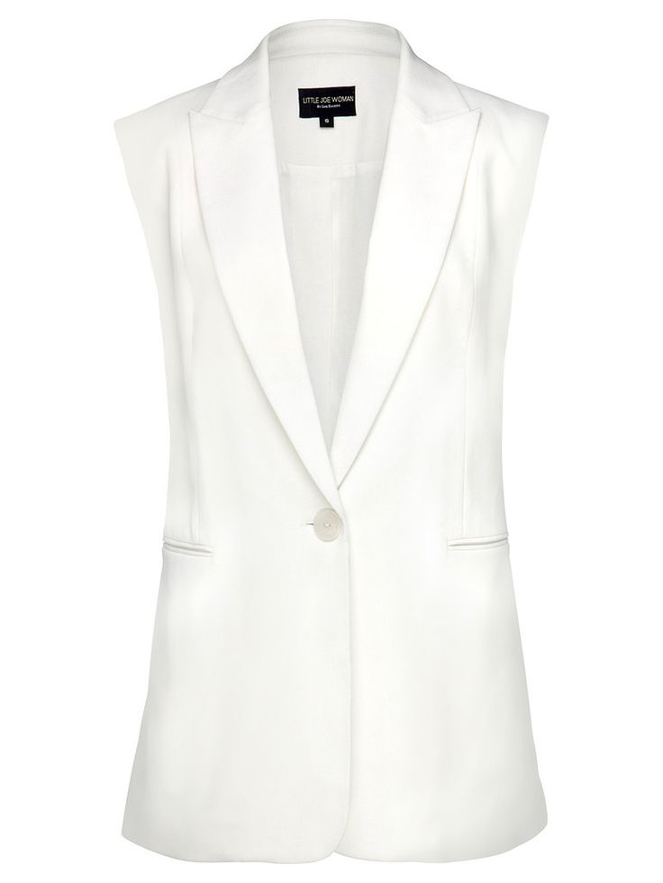 Be on-trend this season with the Little Joe Woman by Gail Elliott Angie Sleeveless Blazer in white or black.  The perfect model-off-duty piece that encapsulates Little Joe Woman's philosophy of laid-back elegance.