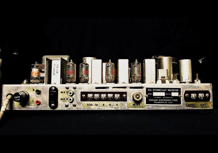 1950's Electro-Plex FM Storecast Receiver http://earth66.com/audio-video/1950s-electro-plex-storecast-receiver/