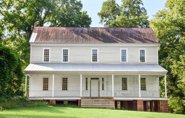 Save This Old House: South Carolina Georgian with Acreage