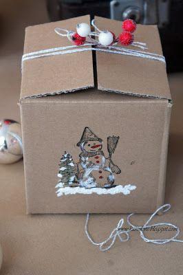 kilka pomysłów jak udekorować zwykły szary karton by stanowił efektowne opakowanie na bombkę lub prezent / upcykling szarego kartonu