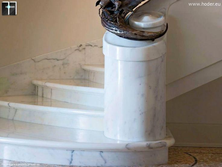 Klasyczne schody realizacja Hoder - detal #kamień #granit #wnętrza #interior #design #white #marble