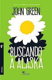 """BUSCANDO A ALASKA Autor: JOHN GREENNúmero de páginas317Cansado de su aburrida existencia, Miles, de 16 años, se muda a un colegio internado para ir en busca de lo que el poeta Rabelais llamó el """"Gran quizá"""". Ahí, su recién descubierta libertad y una enigmática chica, Alaska, lo lanza de lleno a la vida. Cuando Miles siente que está por alcanzar su objetivo, una tragedia inesperada amenaza con arrebatárselo.Una novela escrita con agudeza y humor, en la que la intensidad de la amistad puede..."""