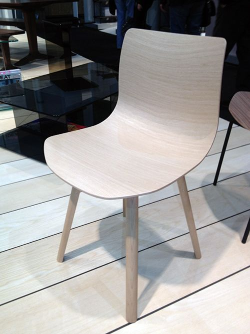 Loku 3D Plywood Chair By Shin Azumi For Case.