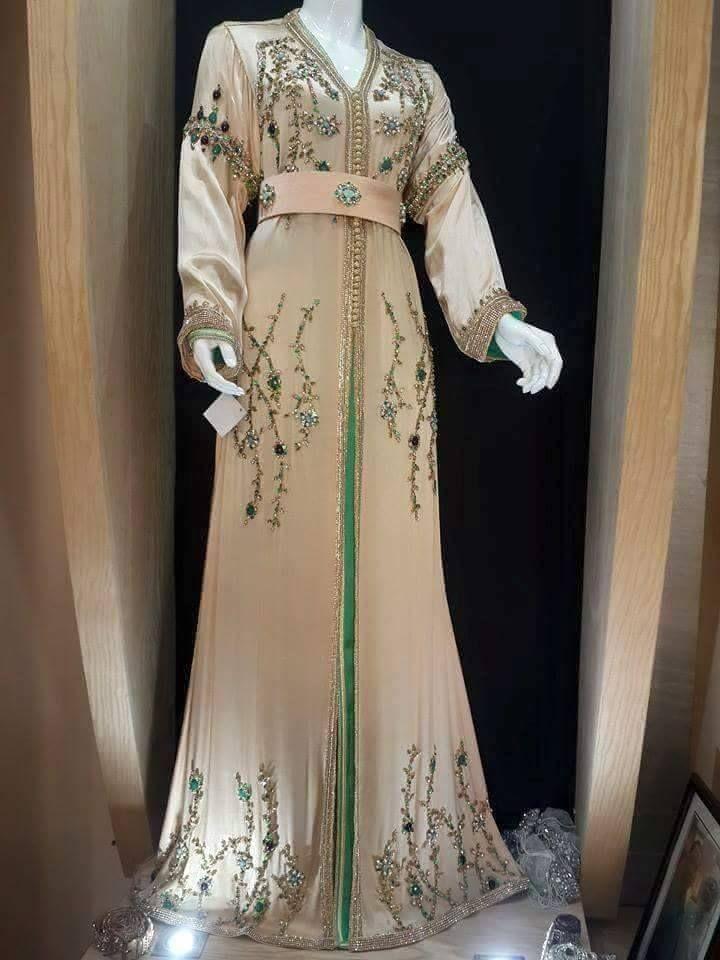 1000 images about caftan on pinterest moroccan dress. Black Bedroom Furniture Sets. Home Design Ideas
