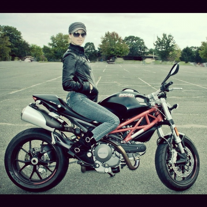 Ducati Monster  For Short Rider