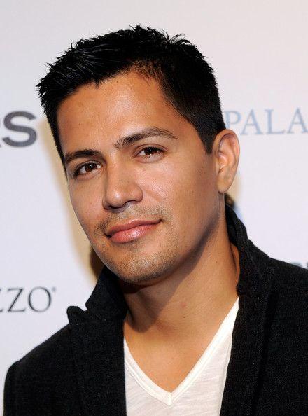 Mr. Jay Hernandez...yes please!