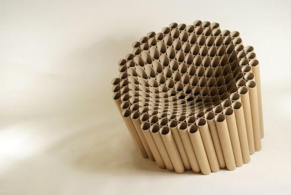 Tubo de cartón reciclado y cola es lo que crean este asiento de Matthew Laws  Slice Chair.  #MWMaterialsWorld #cardboard #cartón #tubocartón #reciclaje