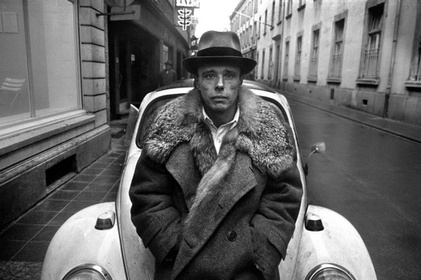 """Tadeusz Rolke (b.1929) is sometimes called a """"Polish Avedon"""" for his striking portraits and fashion photography. More info: http://www.culturecongress.eu/en/wroclaw/rolke_wroclaw"""