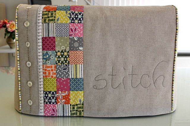 Bonita funda para máquina de coser.